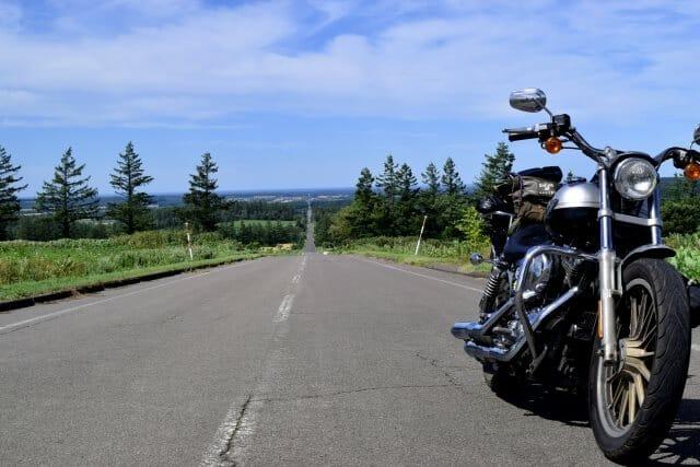 バイク事故での過失割合はどう決まる? 慰謝料との関連性
