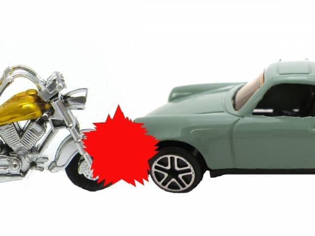 バイク事故は致死率が高い!自動車事故との違いとは