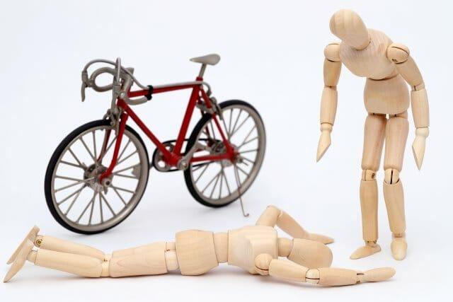 自転車と自動車の事故 事故対応や事故割合など