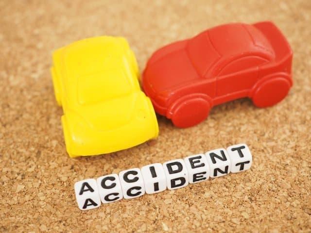 有給を使っても請求できる交通事故の休業損害 相場と計算方法を教えます – 交通事故に精通している弁護士...