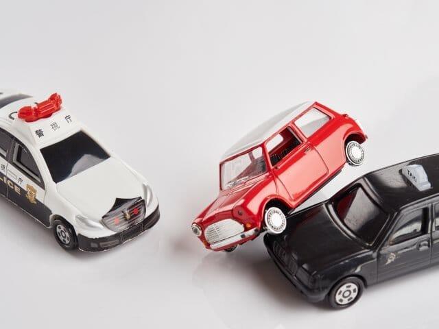 交通事故被害者になってしまったら……弁護士に相談すべき?